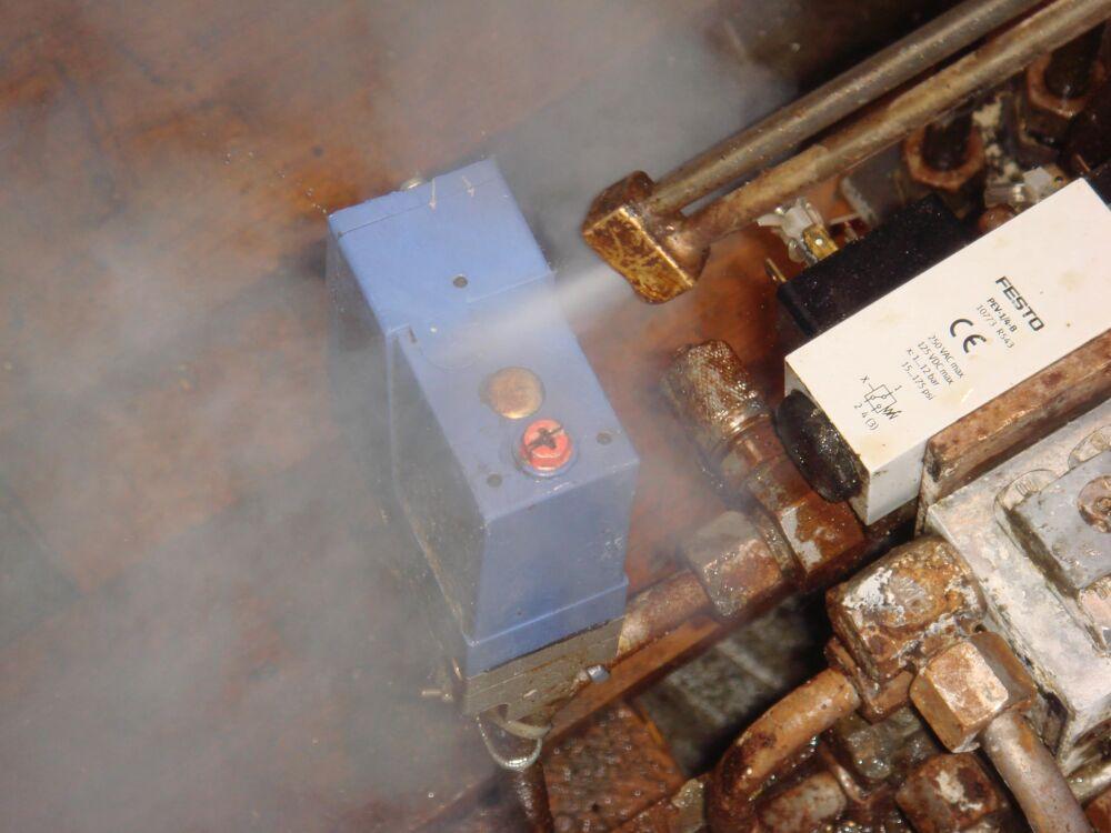 nettoyage pièces mécaniques à la vapeur